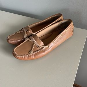 Like New Women's Clarks Mocassins 9.5n